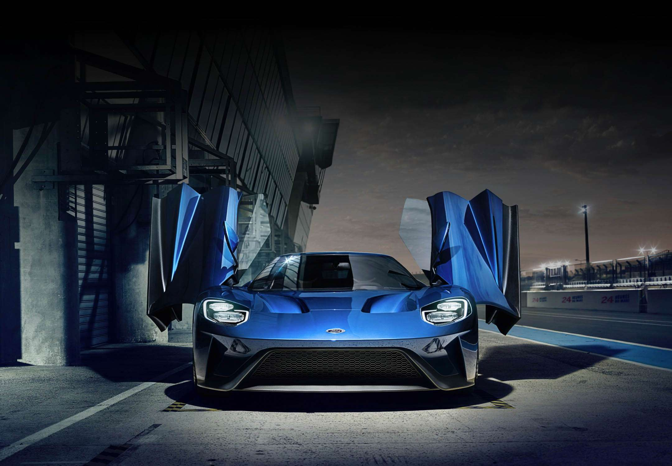Ford GT Watch 6