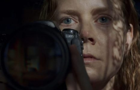 The Woman in the Window wordt een huiveringwekkende Netflix-film