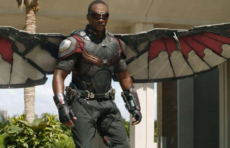 Fan bouwt geniaal pak uit 'The Falcon and the Winter Soldier' na