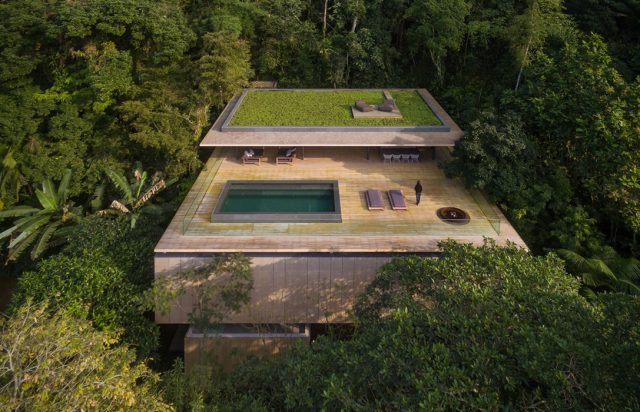 Super dikke villa middenin de jungle