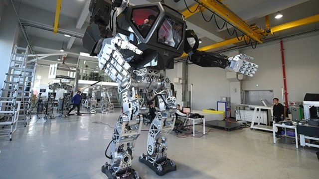 Hankook Mirae Method-2 Robot Suit