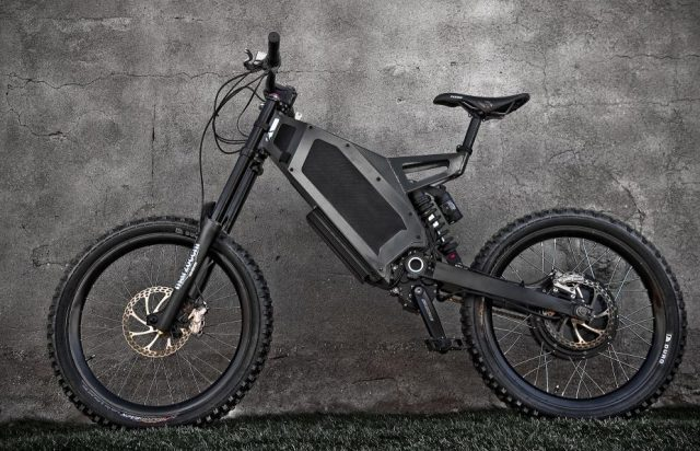 Off-road crossen met deze brute Stealth electric bike