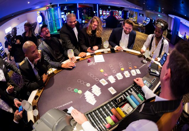 De ambiance van Like My Brand Men transformeerde het Holland Casino in classy mancave