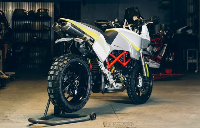 Deze custom Ducati Hypermotard is geinspireerd op de Dakar Rally